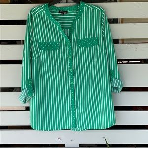 Gorgeous green blouse never worn.